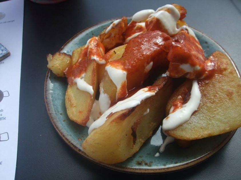 patatas bravas barcelone