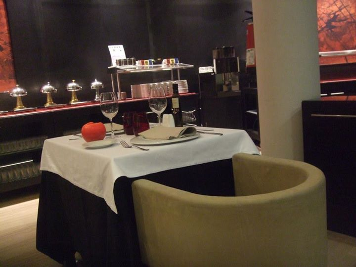 restaurant h10 bcn