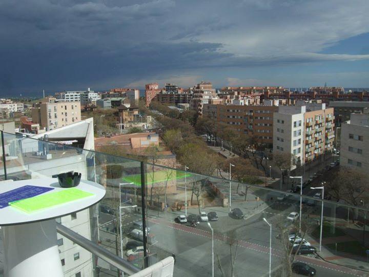 terrasse h10 marina barcelona