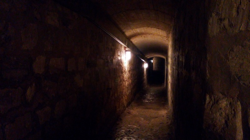couloirs catacombes de paris