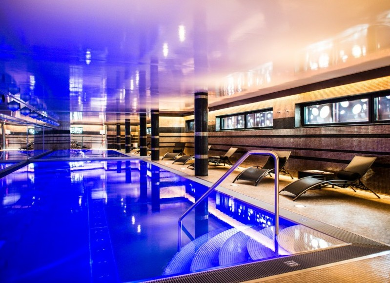 Piscine-Spa-by-Hermitage-Gantois-e1437810363804