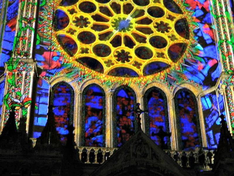 chartres en lumière cathédrale
