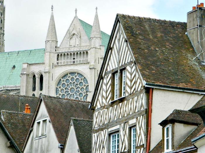 vue sur la cathédrale chartres