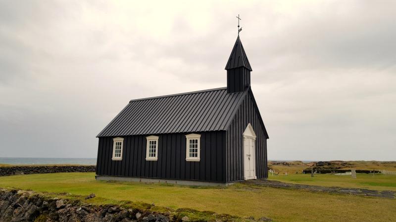 eglise-noire-islande