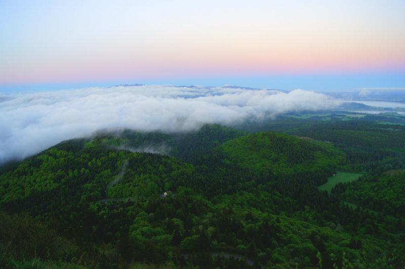 randonnée volcans auvergne