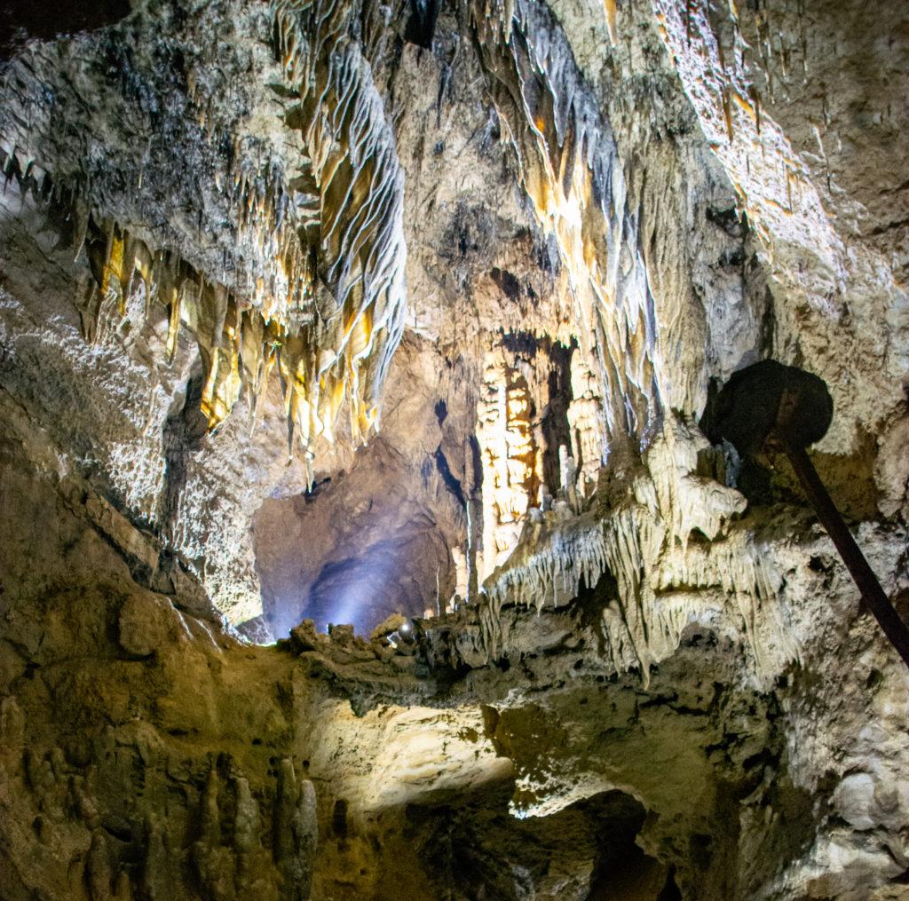 avis grottes de han